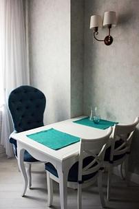 Частный интерьер, кресла в стиле прованс