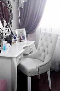 Частный интерьер, мебель мятного цвета