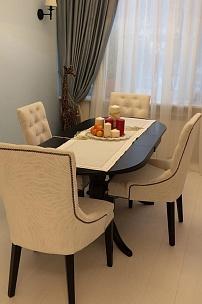 Частный интерьер, стулья Мартин М с каретной стяжкой