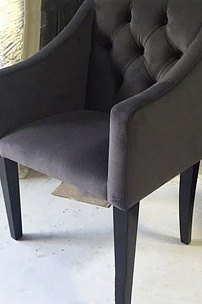 Кресло Фил с каретной стяжкой