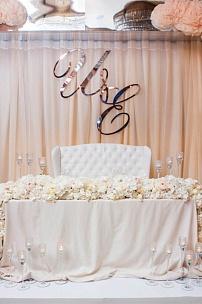 """Мебель для выездной регистрации. Свадьба «Сон наяву».. Бутик свадеб """"Вернисаж"""""""