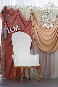 Высокие кресла Классик для оформления Президиума